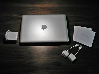 Apple macbook air 1.6 ghz, 80gb