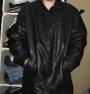 chaqueta de cuero marca GAP (negra)