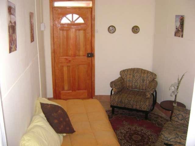 Valparaiso, apartamento amoblado por día, buena locomoción, desde $25000, fono 97508350