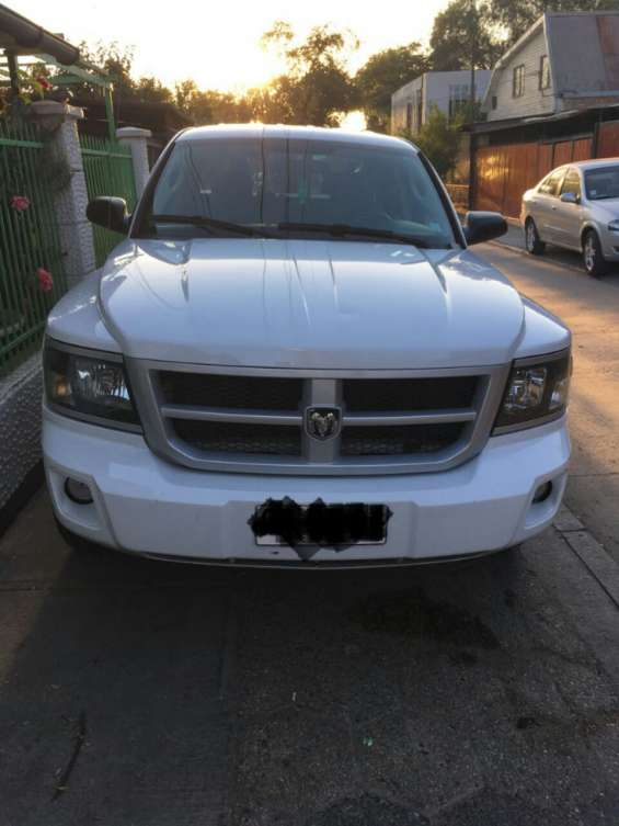 Dodge dakota 2011 precio conversable